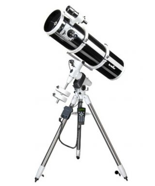 Riflettore Newton Explorer 200 EQ5 SynScan