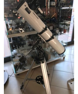 Meade 4500 114/900mm Newton con montatura & treppiedi